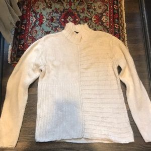 Heavy knit sweater cream